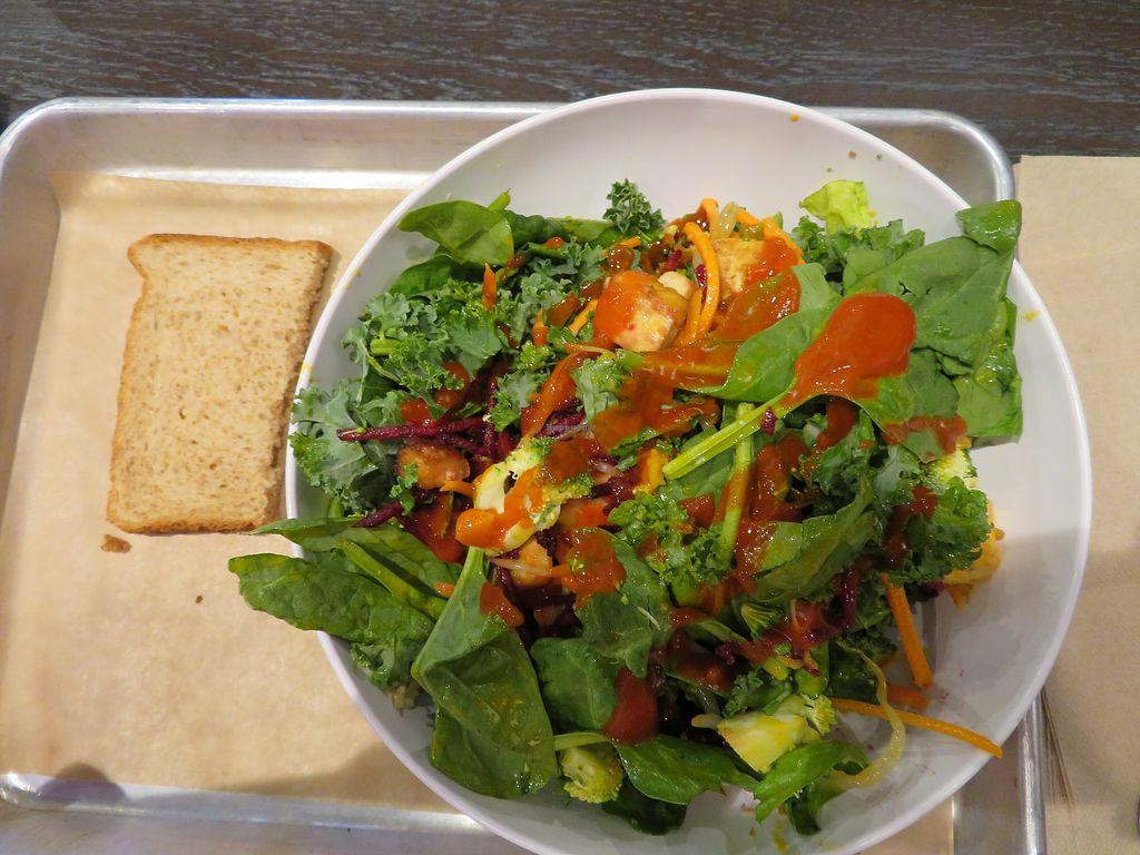 Sriracha Ginger Roasted Tofu Salad At Corelife Eatery In Toledo