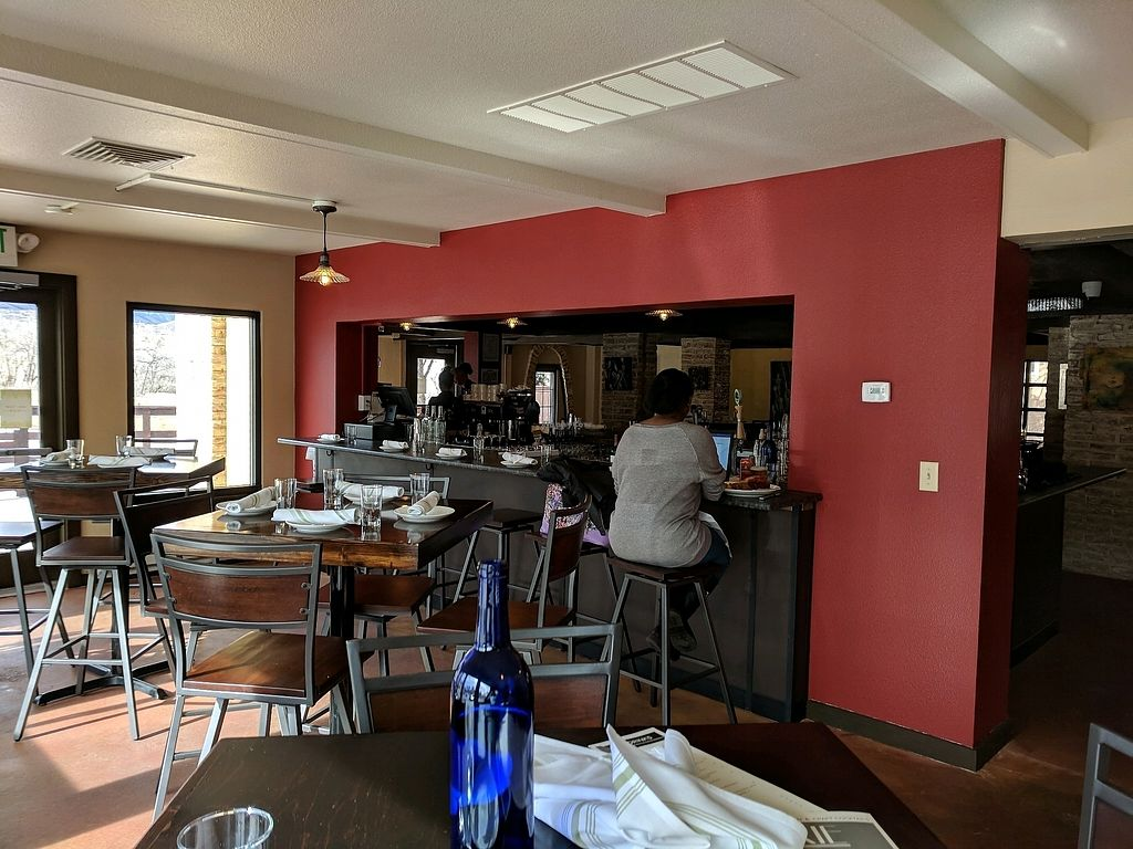 CLOSED: Moxie - Colorado Springs | Review