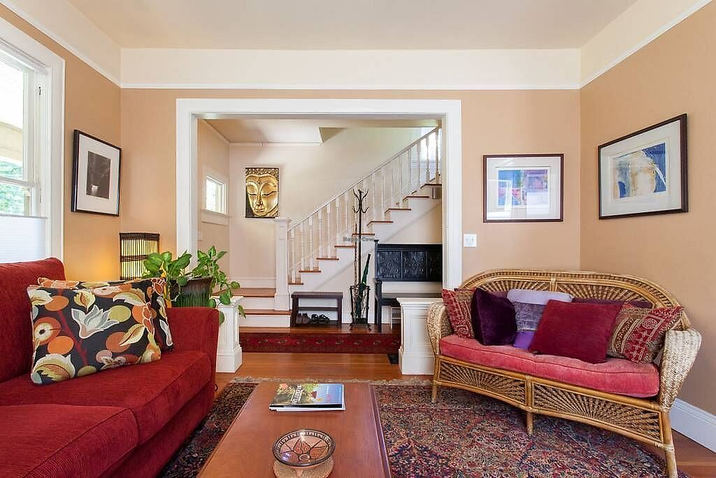 Shared Living Room At Portland Eco Guest House In