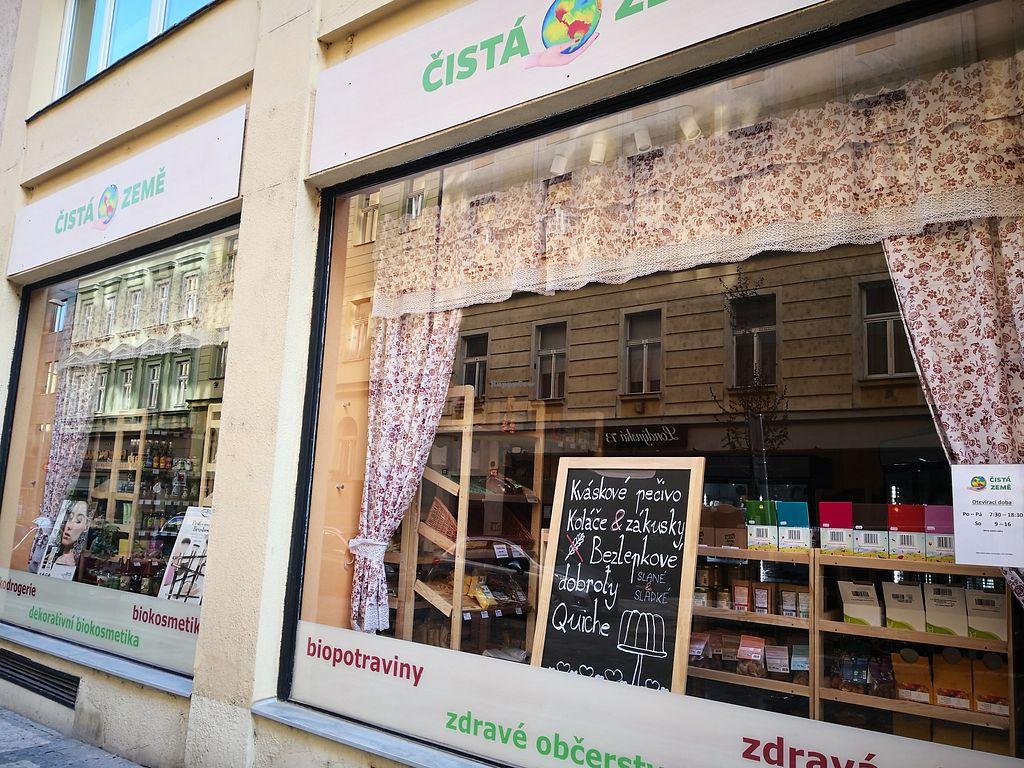 Čistá Země - Prague Health Store - HappyCow