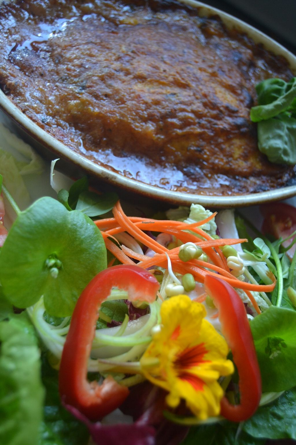 The Phoenix Vegetarian Restaurant Accommodation