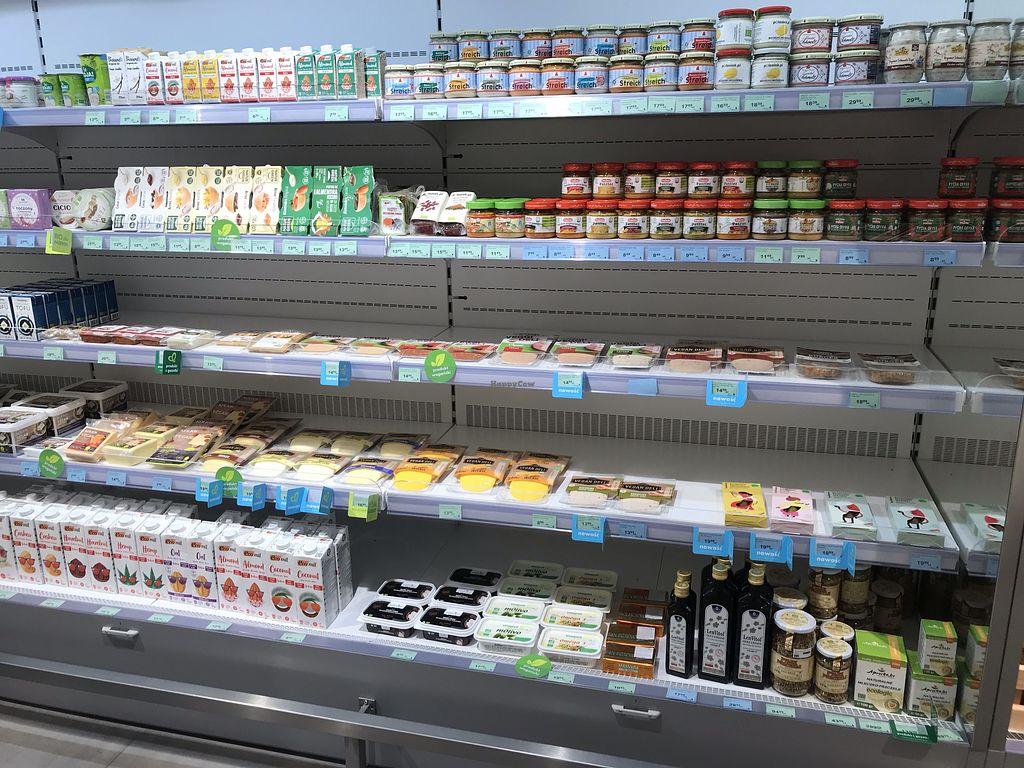 Organic Market Ekologiczny Wroclaw Health Store Happycow