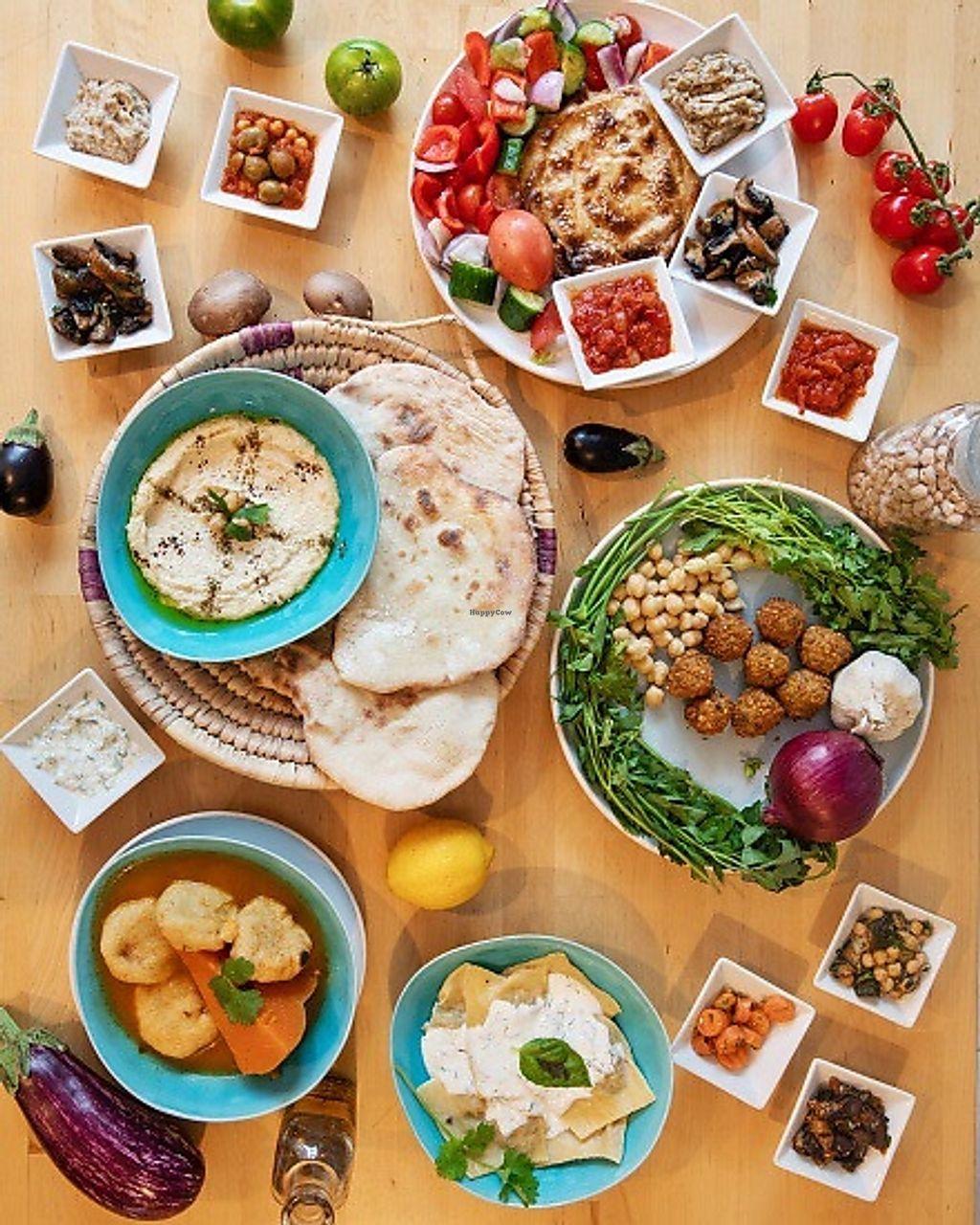 C Est Bon Salades Maison Marseille Restaurant Happycow