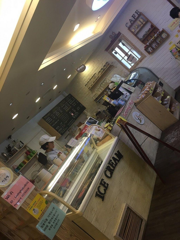 Loving Hut Gangnam-gu - 러빙헛 - Seoul Restaurant - HappyCow