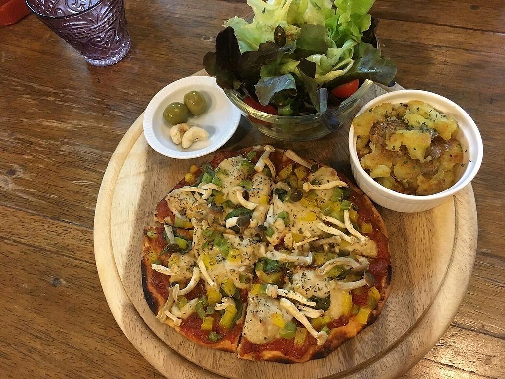 Bonita Cafe and Social Club - Bangkok Restaurant - HappyCow