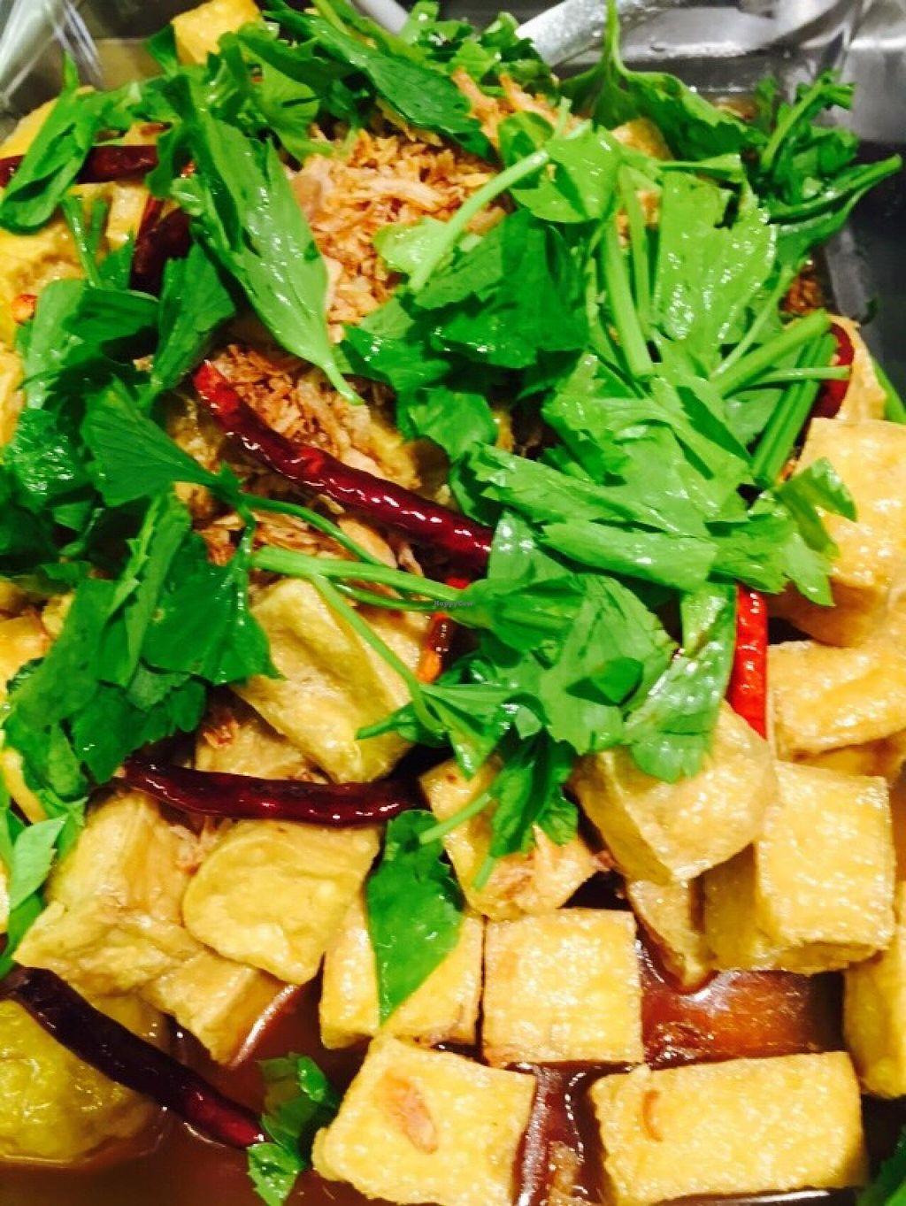 Walee Em Quartier Bangkok Restaurant Happycow