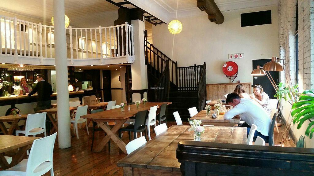 Raw & Roxy - Cape Town Restaurant