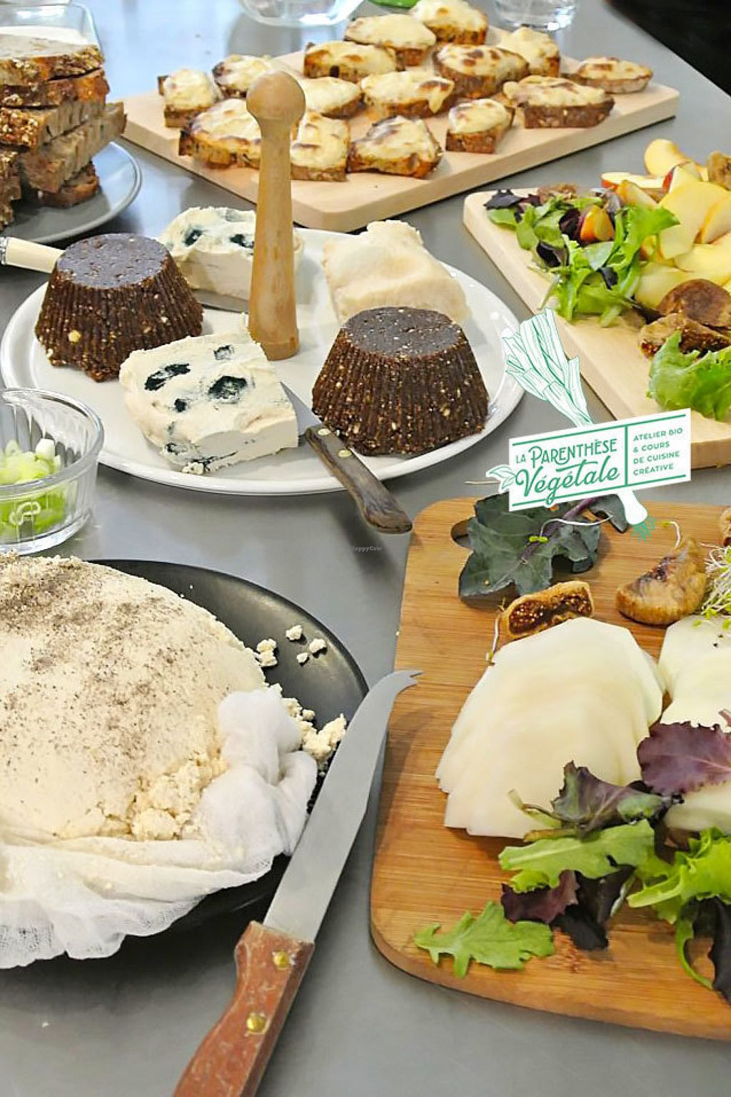 cours de cuisine vegan paris Delicious vegan homemade cheese at La Parenthese Vegetale in Paris