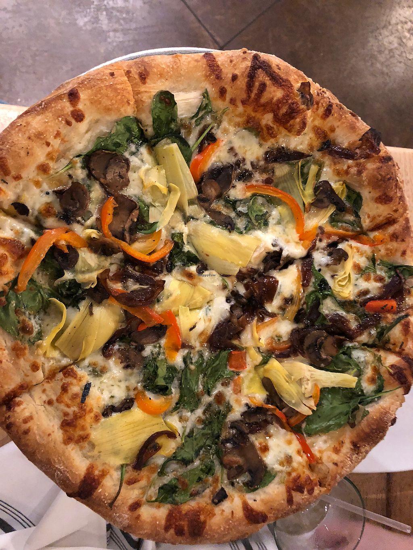 A piedi nudi pizza at 56 kitchen in solon