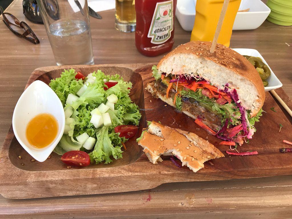 My Hawaiian Burger At Mako Vegan And Veggie Restaurant In Cabo San Lucas