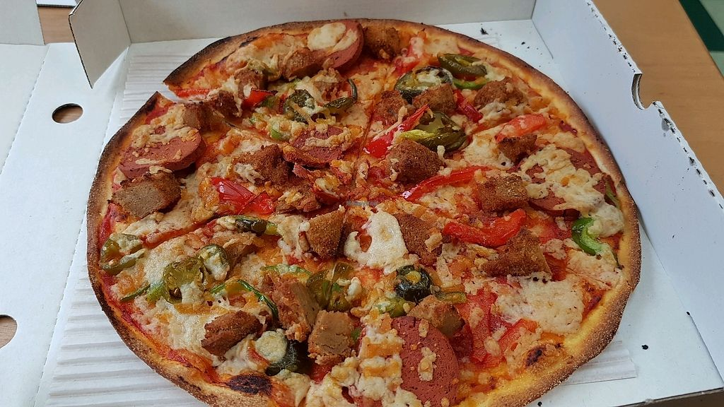 Village Pizza South West London Restaurant Happycow