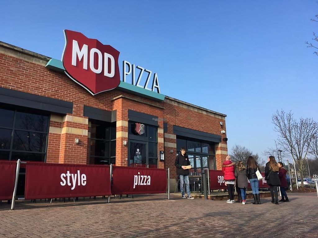 Mod Pizza Cardigan Fields Leeds Restaurant Happycow