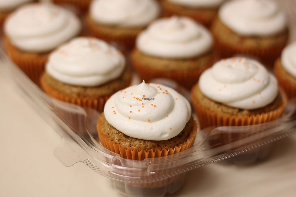Carrot Cake Cupcakes At Positively Frosted In Scottsdale