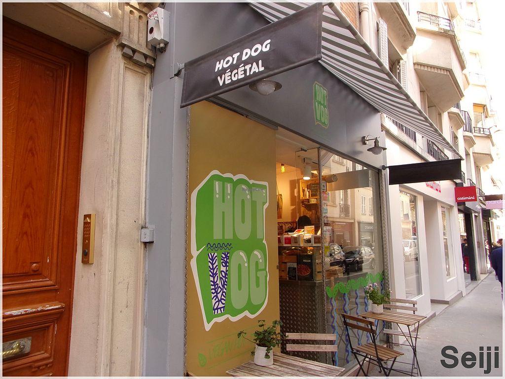 Magasin Trois Fois Rien Paris 14 hot vog - paris restaurant - happycow