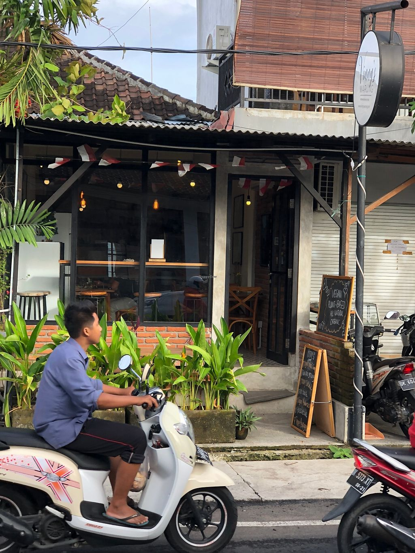 Remarkable Vinnys Warung Tibubeneng Bali Restaurant Happycow Download Free Architecture Designs Rallybritishbridgeorg