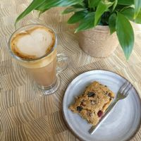 Vegan mocha and vegan berry flapjack at West Six Garden Cafe in West London
